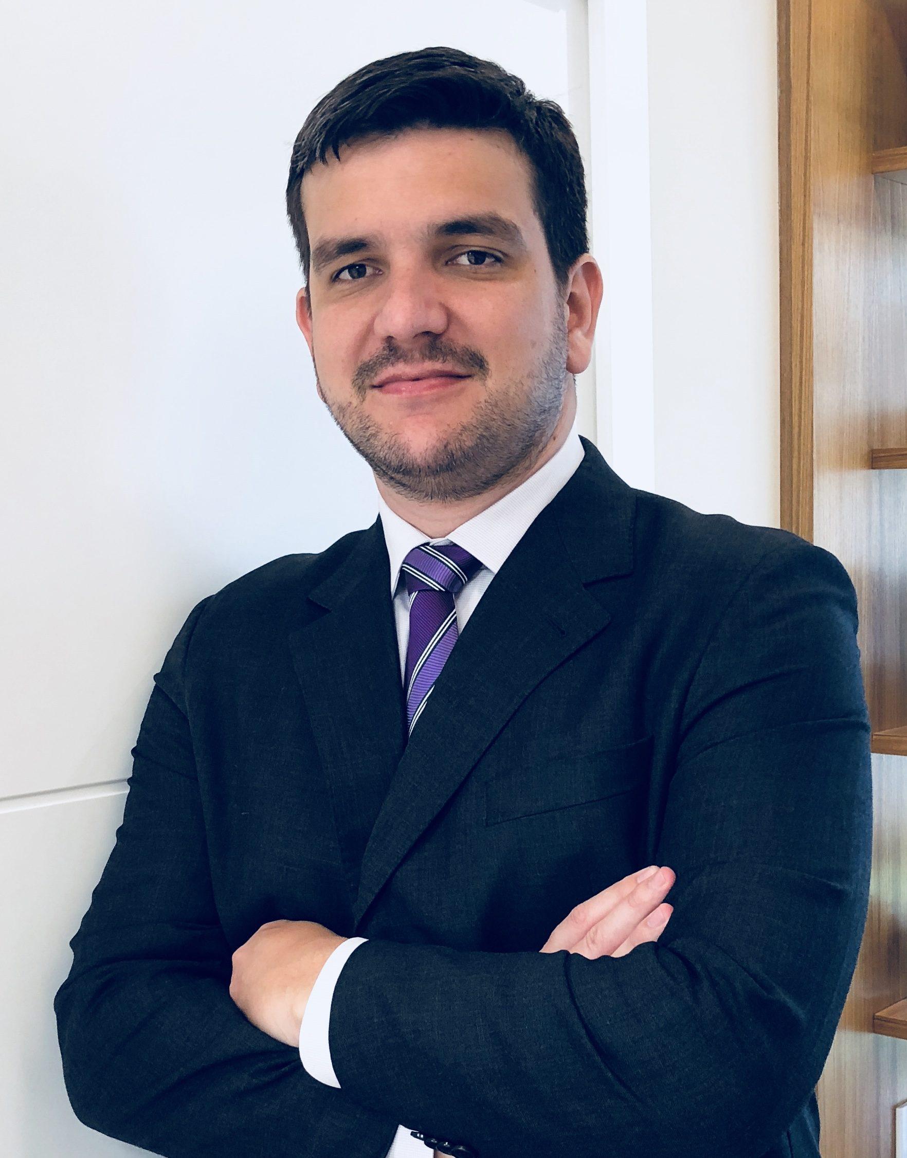 Dr. Felipe Malafaia